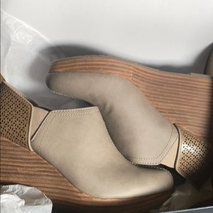 Dr. Scholl's Womens Harlow Boot